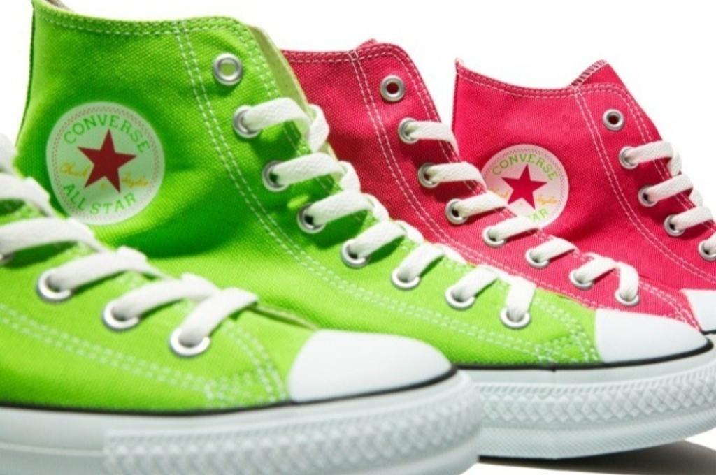 Converse 攜手日本品牌推出「螢光色系」最新聯名 檸檬綠 ALL STAR 讓你的夏季更耀眼!